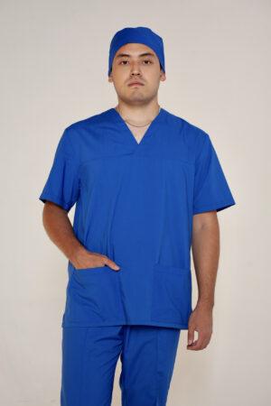 Рубашка прямого силуэта с коротким рукавом  и с V-образной горловиной